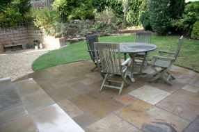 garden landscapers Edinburgh - garden patio - hand cut paving circle